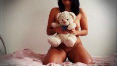 Psikopat hatun webcam karşısında seksi mastürbasyon