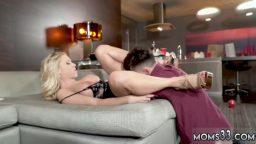 Genç erkeği seks objesi olarak kullandı